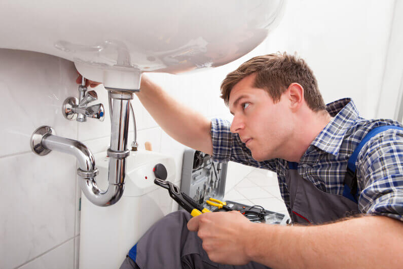 Hiring a Plumber?: How to Find the Best Plumber in Huntington Beach